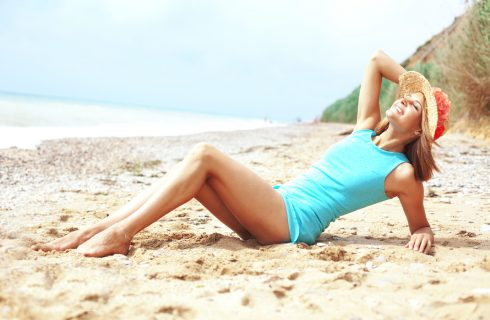 FDA Warns of Winter Tanning Salon Risks