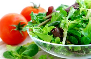 Mediterranean Diet Cuts Alzheimer's Risk